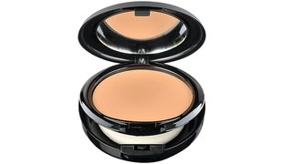 MAKE-UP STUDIO Light Velvet Foundation